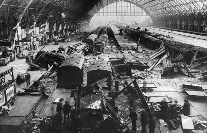 st_pancras_railway_station_bomb_damage_in_may_1941